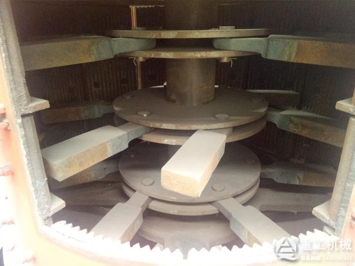 复合制砂机内部结构